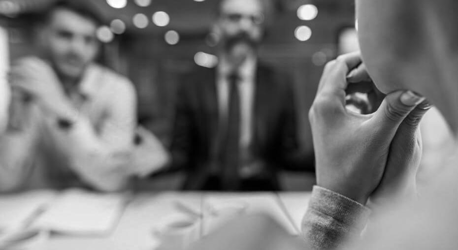 كيف تستعيد ثقتك في حال لم يحالفك الحظ في المقابلة؟